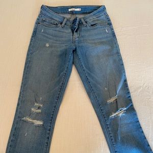 Levi's skinny jeans, mid rise, light wash
